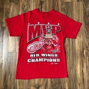 Detroit Red Wings T Shirt Medium 1998 MVP Yzerman